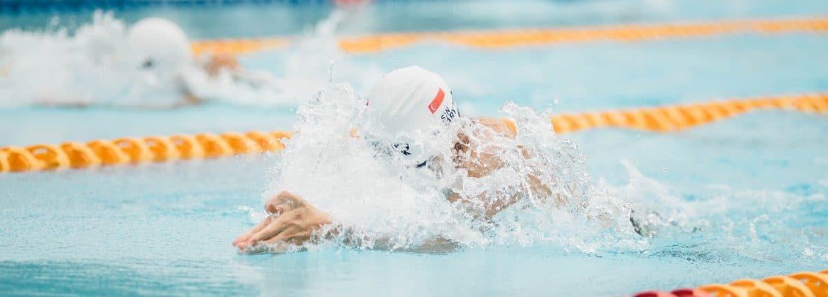 individuele zwem en sportprestaties verbeteren met sporthypnose